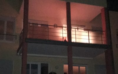 EB 43 – 2017 Brennt Unrat auf Balkon