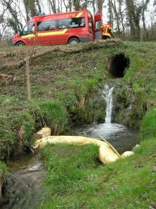 EB16 – 2016 Öl im Keller / Gewässer Folgeeinsatz
